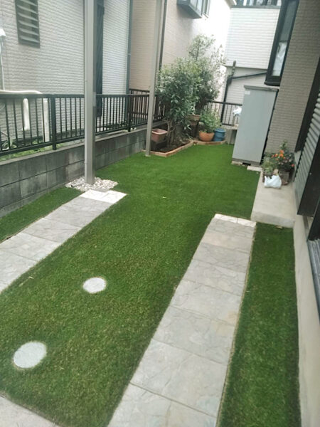 【お庭のリフォーム】人工芝、手持ちの資材を利用したお庭のリフォーム/さいたま市桜区