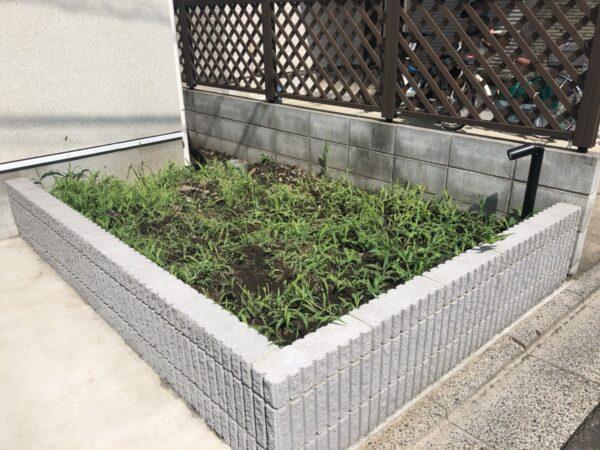 花壇の土壌改良/東京都西東京市