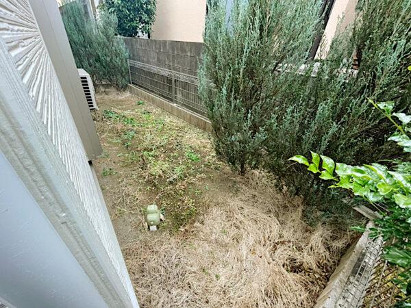 除草(草刈り)・整地して、人工芝張り(雑草対策)/練馬区