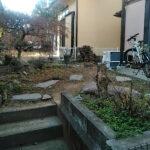 お庭のリフォーム、植木の伐採と剪定から、人工芝、砂利敷きまで/入間市
