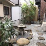 人工芝張りと和風庭づくり、シュロ竹抜根、他庭木のお手入れ/さいたま市