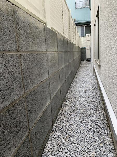 【除草作業】草取りと除草剤散布/東京都新宿区
