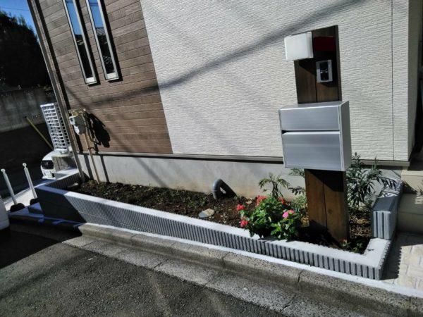 10.21 さいたま市中央区 花壇植栽化粧砂利