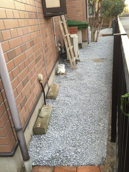 砂利を庭に入れる業者埼玉県さいたま市上尾市川口市